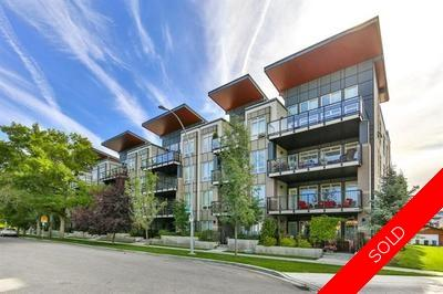 Sunnyside Condo for sale:  1 bedroom 724 sq.ft. (Listed 2019-09-13)